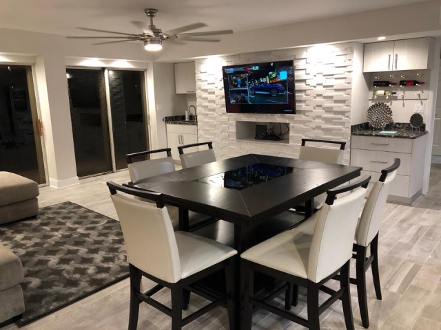 Gorgeous remodeled beach penthouse living and dining area.